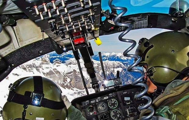 hubschrauber-simulator-windesheim-cockpit