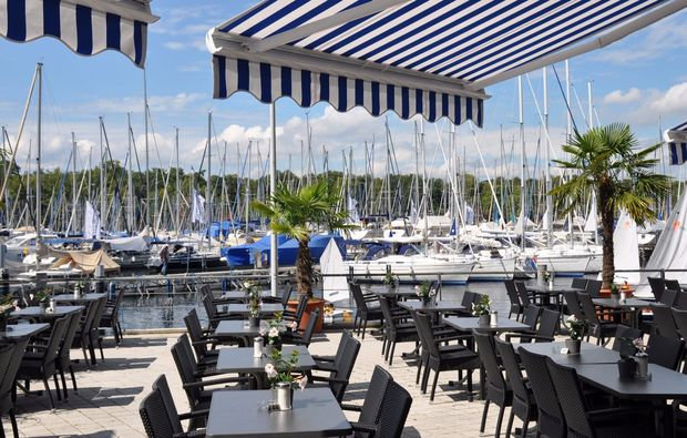 segeln-dinner-kressbronn-gohren-terrasse
