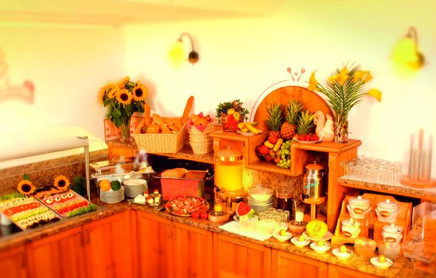 zauberhafte-unterkuenfte-tweng-buffet