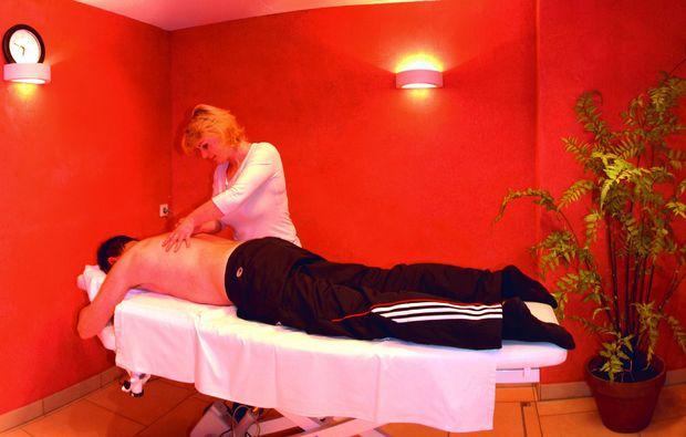 zauberhafte-unterkuenfte-tweng-massage