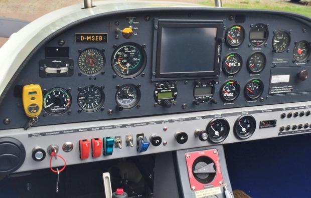ultraleichtflugzeug-rundflug-ganderkesee-cockpit