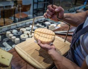 Wein & Käse Verkostung von 8 Weinen & 8 Sorten Käse