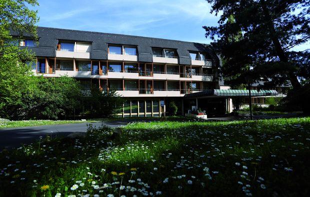 kurzurlaub-bad-nauheim-bei-frankfurt-garten
