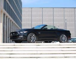 Mustang GT Cabrio fahren - 1 Tag (Mo.-Do.) Ford Mustang GT Cabrio - 1 Tag (Mo -Do)