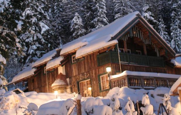 almhuetten-berghotel-thalgau-winter