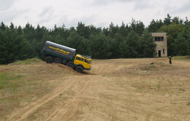 truck-fahren-zossen-bg1