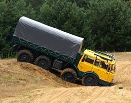 truck-offroad-fahren1256802200