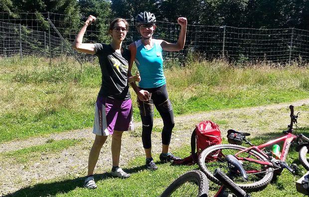 mountainbike-kurs-neuhaus-am-rennweg-sport