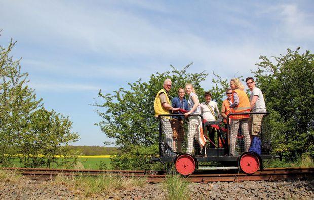 aussergewoehnlich-uebernachten-erlebnisbahn-ratzeburg