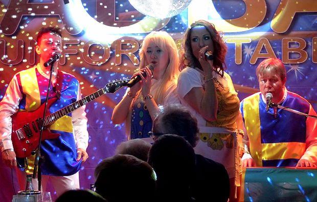 weihnachtsdinner-solingen-show