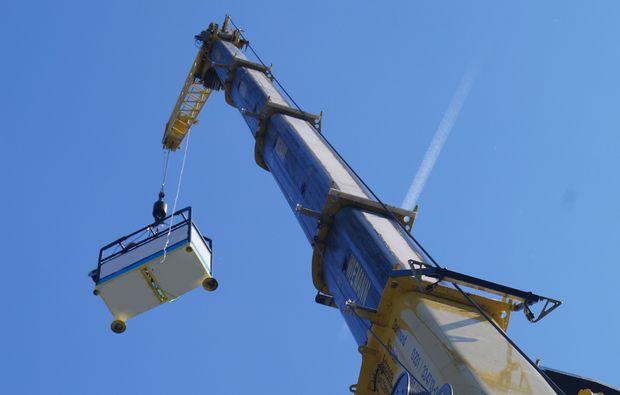kran-bungee-jumping-duesseldorf