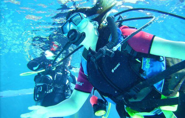 tauchschnupperkurs-hersbruck-schwimmen