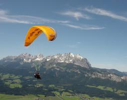 Gleitschirm-Tandemflug (Kitzbüheler Horn, St. Johann) Kitzbüheler Horn - ca. 90 Minuten