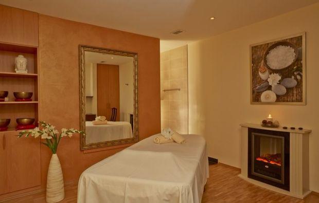 wellness-wochenende-deluxe-friedrichroda-massage