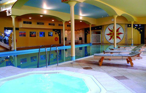 staedtetrips-prag-schwimmbad