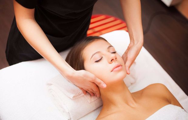 mobile-massage-bremen-gesicht