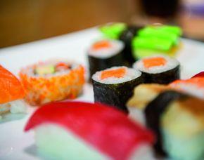 Sushi Restaurants (Sushi-Mittagsmenü) - Dresden, Prager Str. 12 Mittags- und Abendmenü, inkl. Tee & Wein