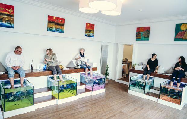 fisch pedik re in hannover als geschenkidee mydays. Black Bedroom Furniture Sets. Home Design Ideas