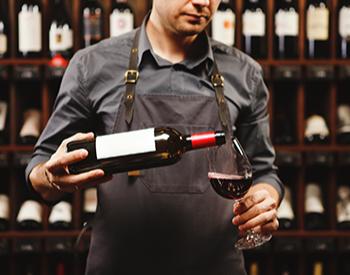 Weinverkostung mit 3-Gänge Menü Freiraum 54 mit Verkostung von 6 Weinen,  3-Gänge Menü