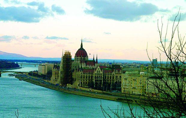 romantikwochenende-budapest-fluss