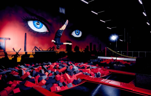 funsport-trampolin-duisburg-salto