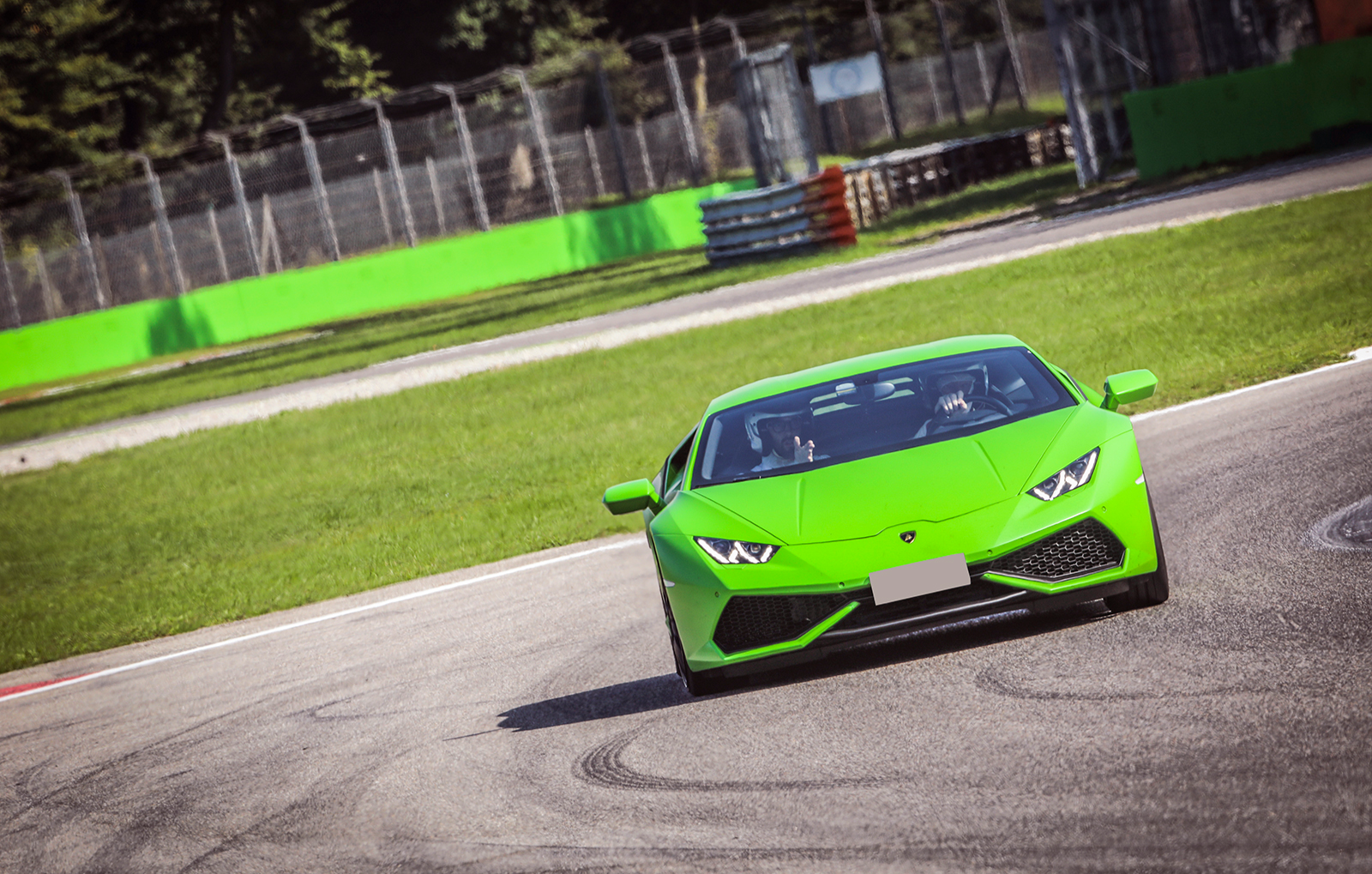 supersportwagen-selber-fahren-hockenheimring-bg3