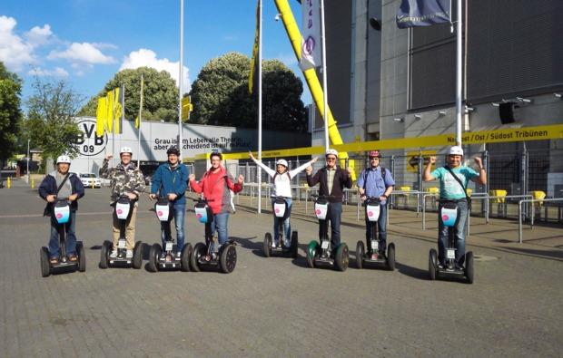 segway-city-tour-fussball-dortmund-fahren