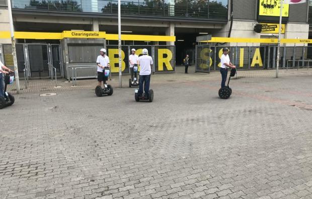 segway-city-tour-fussball-dortmund-fahrspass