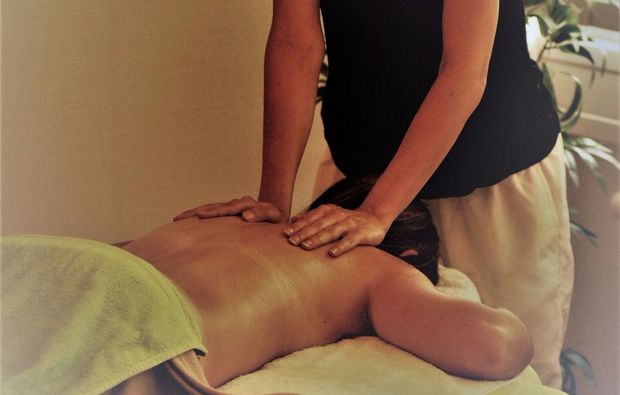 wellness-massage-badherrenalb-kraeuterstempel