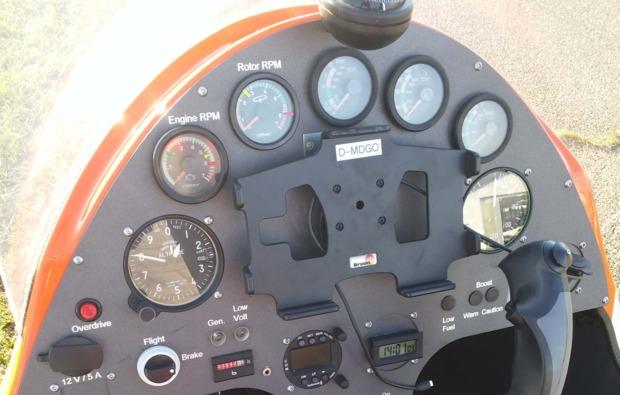 tragschrauber-rundflug-freiburg-breisgau-cockpit