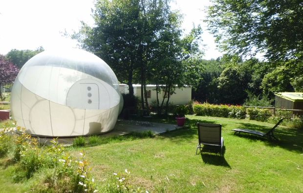 uebernachtung-guillac-room-bubble-im