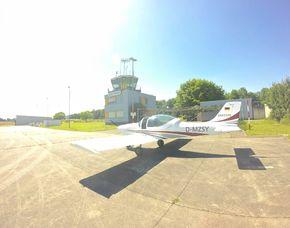 Flugzeug selber fliegen - 30 Minuten 30 Minuten