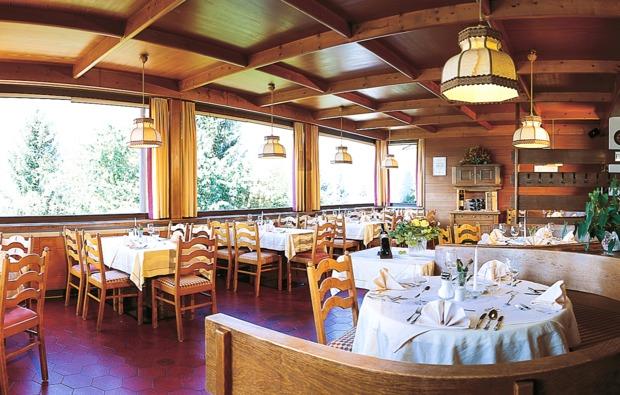 kurzurlaub-mieders-im-stubaital-restaurant