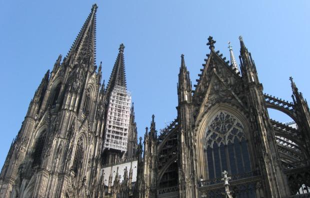 traumtag-fuer-zwei-koeln-koelnerdom-stadtfuehrung-altstadt