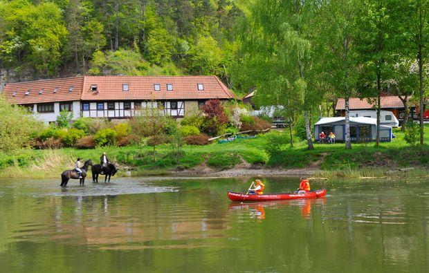 zauberhafte-unterkuenfte-frankenroda-lake