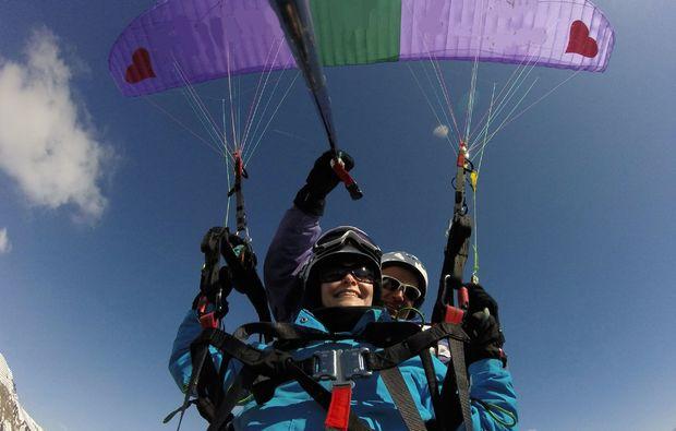 gleitschirm-tandemflug-silbertal-fliegen