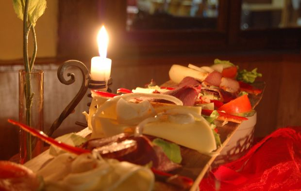 candle-light-dinner-fuer-zwei-freudenberg-romantik