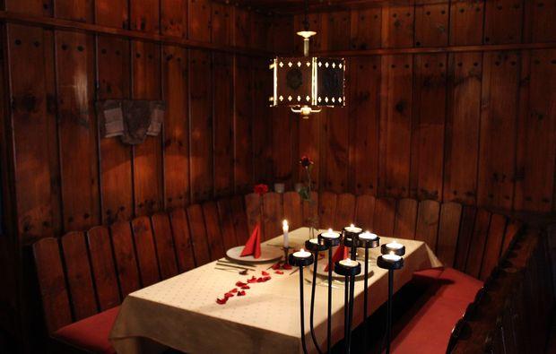 freudenberg-candle-light-dinner