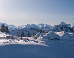uebernachten-iglu-gstaad