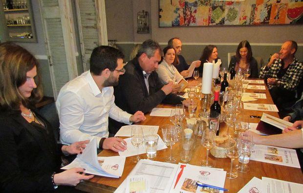 wine-dine-frankfurt-am-main-feiern