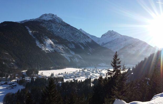 schneeschuh-wanderung-haeselgehr-ausblick