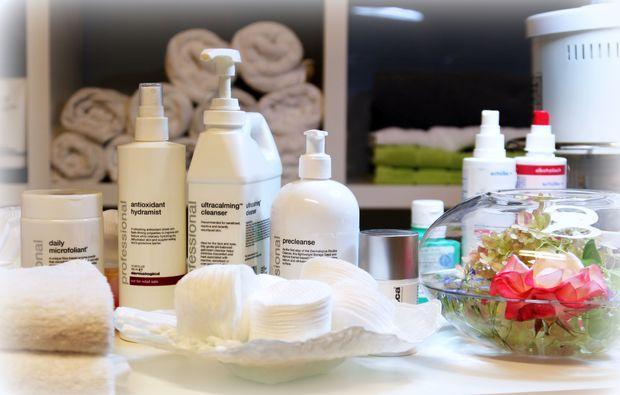 grosse-gesichtsbehandlung-friedberg-pflegeprodukte