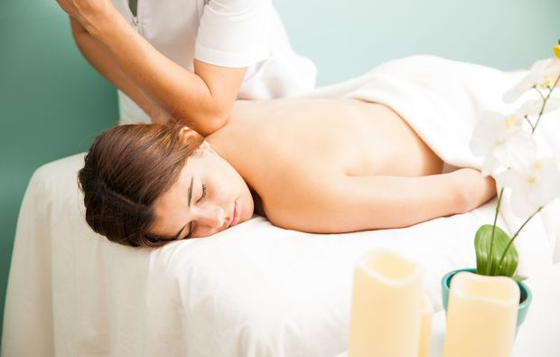 ganzkoerpermassage-bad-salzdefurth