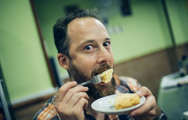 kulinarische-stadtfuehrung-hamburg-mann