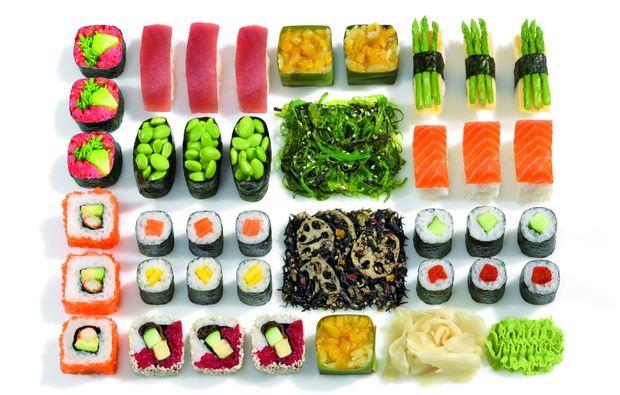sushi restaurant in berlin am potsdamer platz mydays. Black Bedroom Furniture Sets. Home Design Ideas