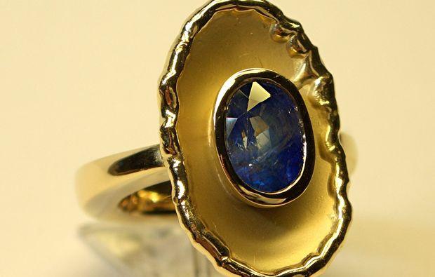 goldschmieden-berlin-ring-mit-steinchen