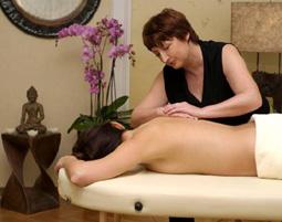 Schönheitsprogramm für Sie Fußbad, Körper-Peeling, Rückenmassage, Fußmassage, Gesichtsmassage