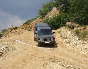 Offroad Parcours mit dem Geländewagen - Langenaltheim Jeep – 60 Minuten