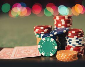 Casino & Dinner Night für Zwei arcona Hotel am Havelufer - 4-Gänge-Menü, Transfer, Startguthaben