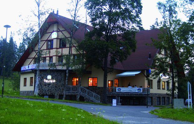 kurzurlaub-tatransk-lomnica-hotelanlage